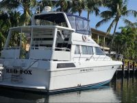 1990 460 Motor Yacht - Many upgrades & fresh engines!